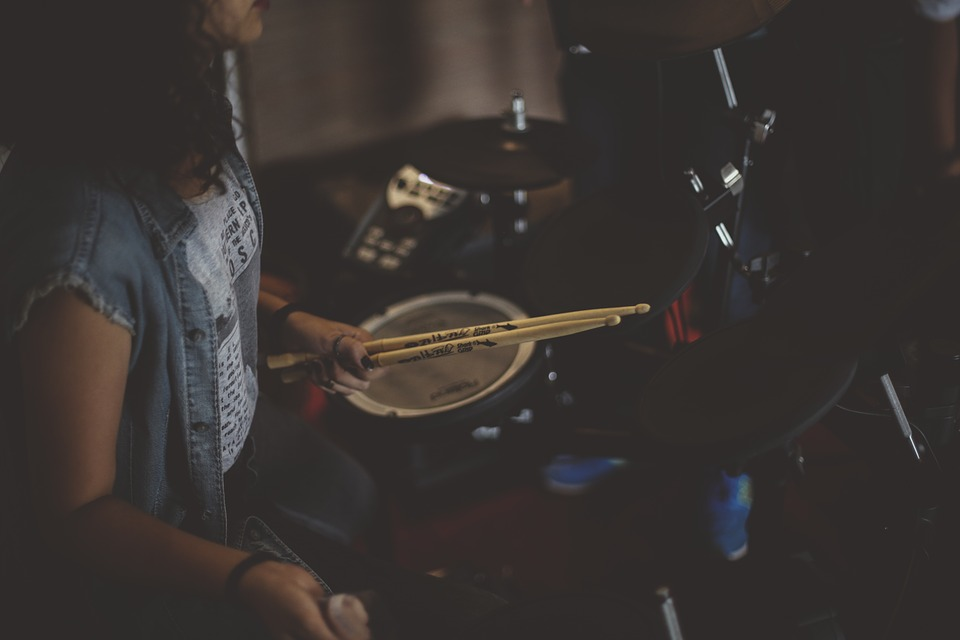 Онлайн-школа игры на барабанах