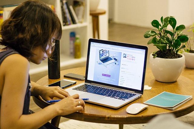 Школы онлайн — популярность растёт!